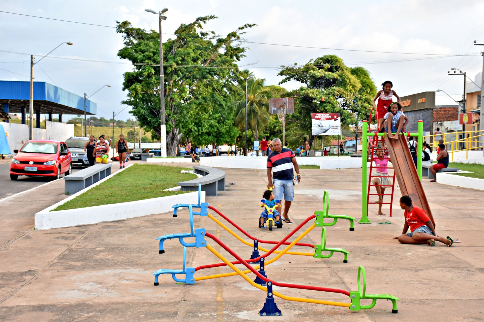 c516dc81e Praças reformadas pela Prefeitura de São Luís se transformam em espaço de  convivência para famílias