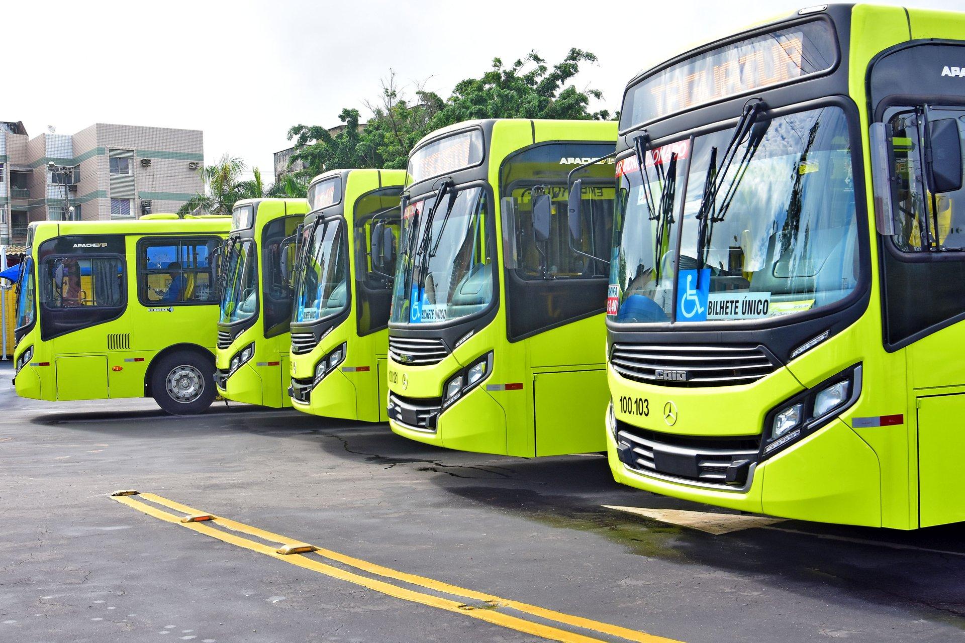 06cae4d38e2b Sistema de Transporte urbano de São Luís ganha novos ônibus com  ar-condicionado