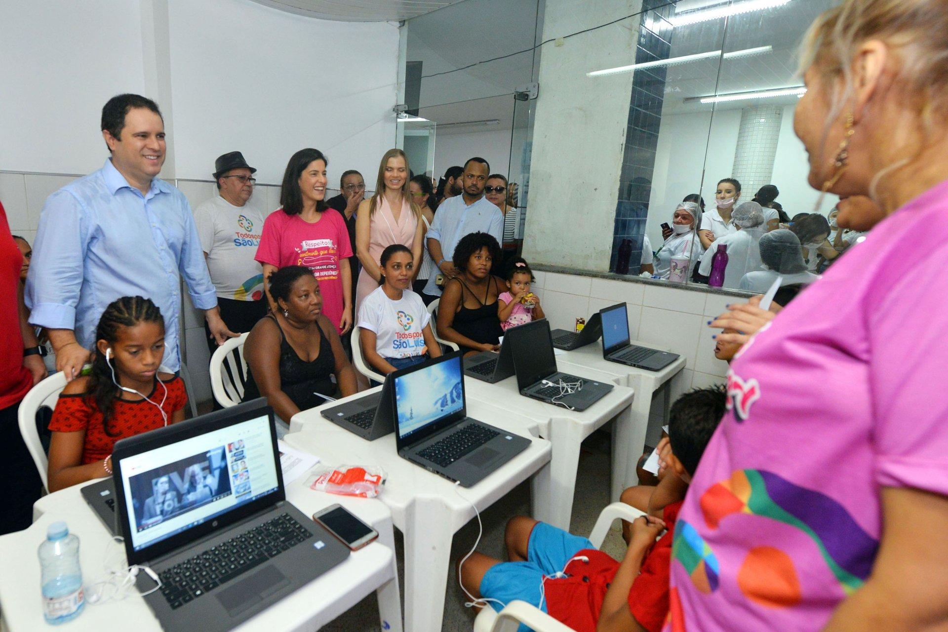 b7ca4cc77b6 Edivaldo ressalta importância do cuidado e da luta das mulheres em edição do  Todos por São Luís