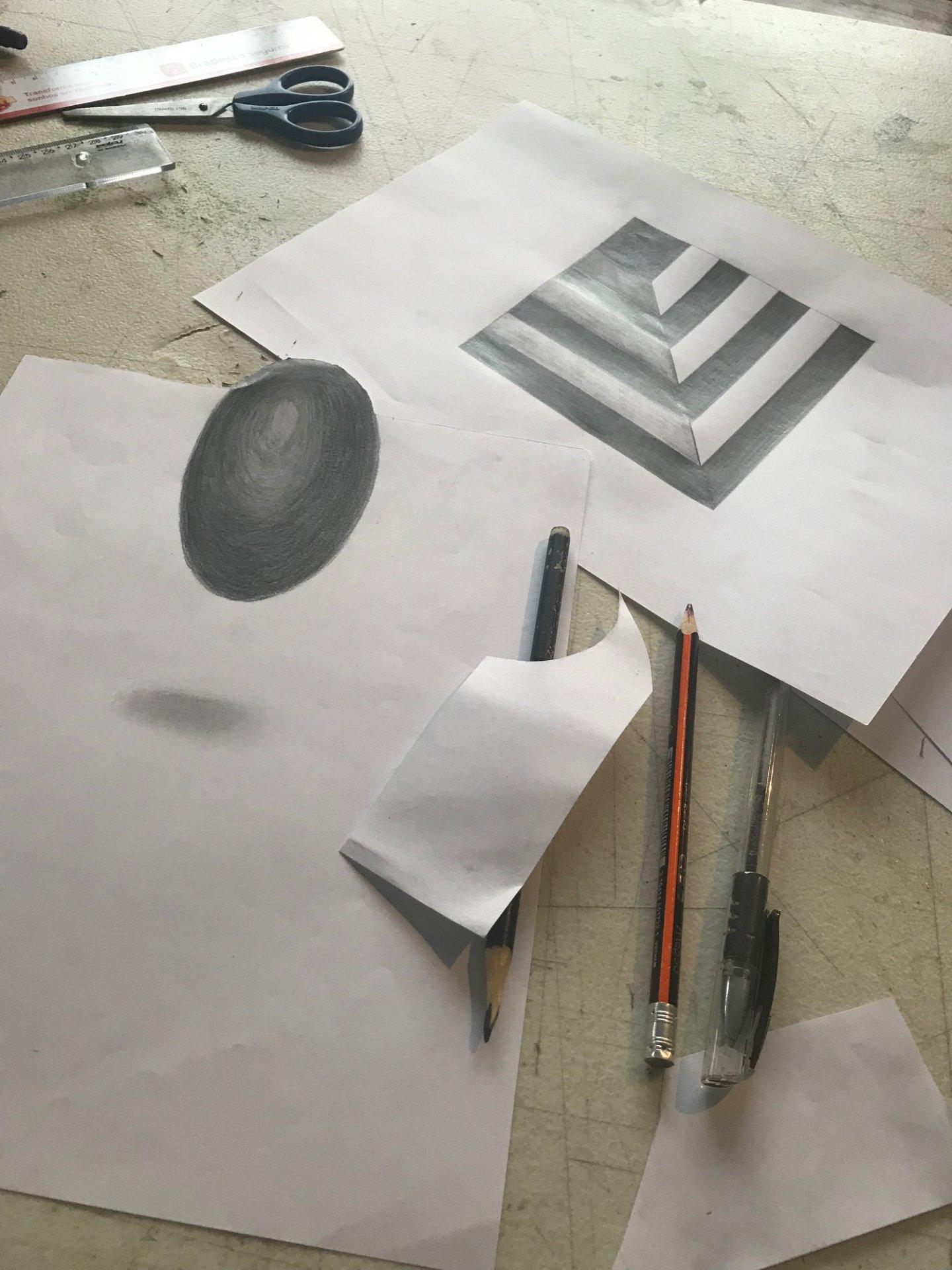 Turma De Curso De Desenho Em 3d Aprende Tecnicas E Tracos A Lapis